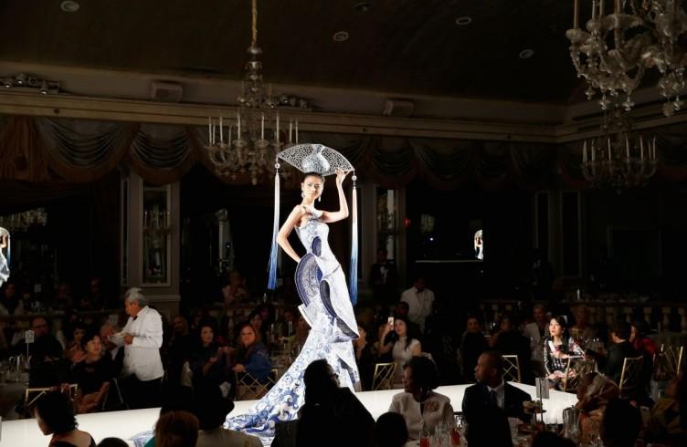 Fashion e charity. Così gira la moda per le First Ladies 8