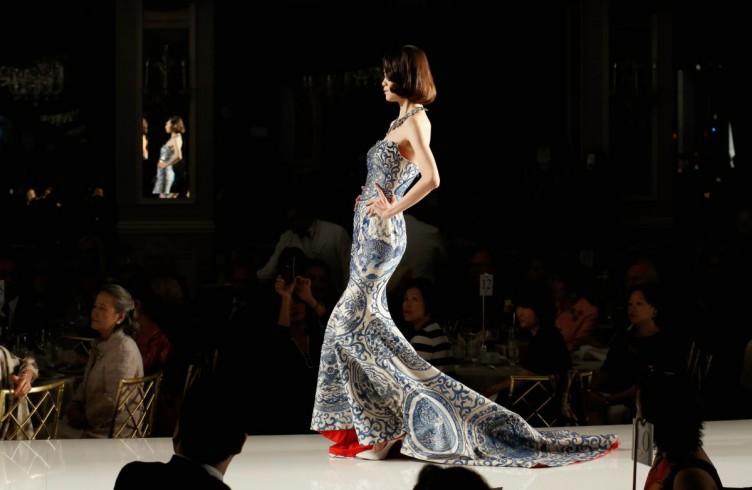 Fashion e charity. Così gira la moda per le First Ladies 13