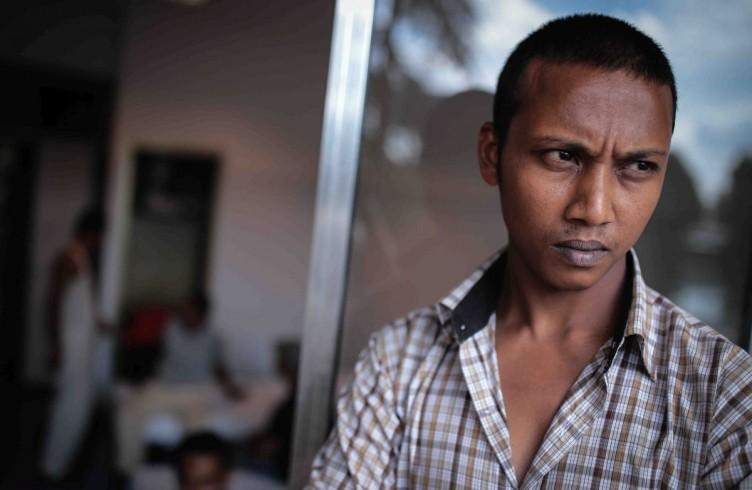 Arrivo di profughi cingalesi, ospitati a villa Basilewsky, estate 2015