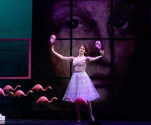 Mireille Asselin (Thérèse) in Les mamelles de Tirésias, Wolf Trap Opera (photo by Teddy Wolff)