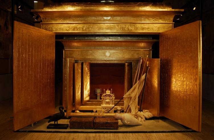 Ricostruzione della sequenza delle cappelle aperte fino al sarcofago