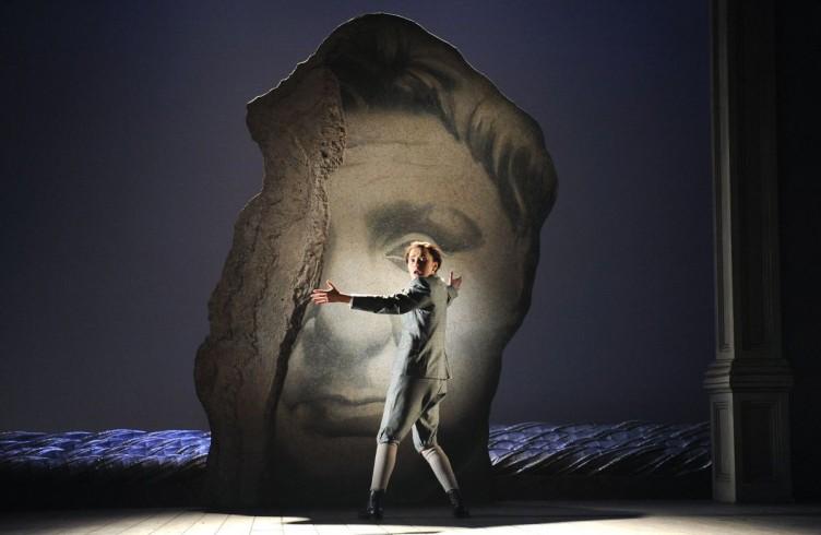 Giulio Cesare, Glyndebourne Festival 2009. Photographer Tristram Kenton