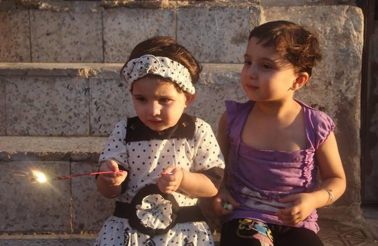Bimbe di Aleppo al Gattile di Ernesto (foto di Mohammed Darweesh)