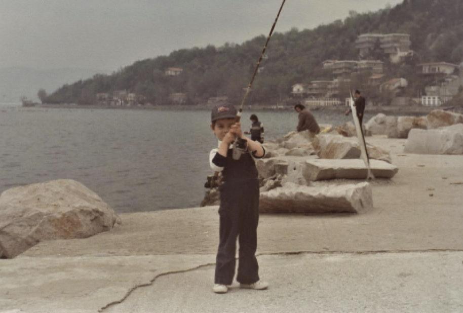 Preparazione alla pesca dell'aguglia.