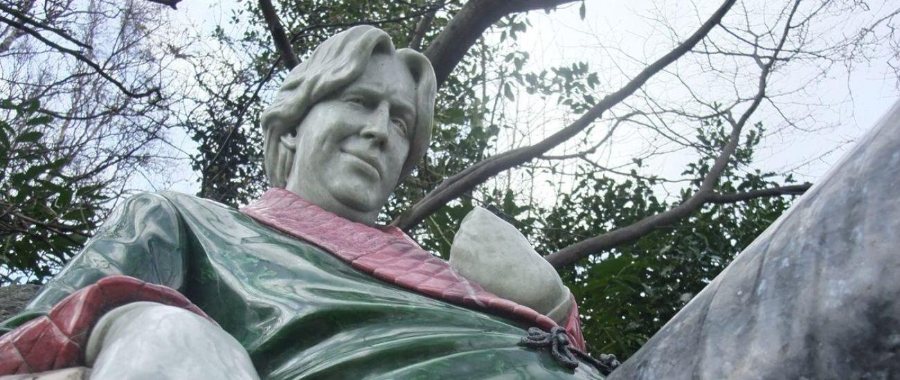 Statua di oscar Wilde al quadrato di Merrion Dublino Irlanda